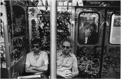 subwayc-couple-kissing-nyc-c-1987